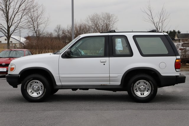 Pre-Owned 1997 Ford Explorer