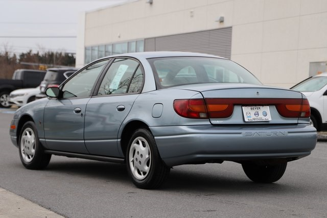 Pre-Owned 2002 Saturn SL2 Base