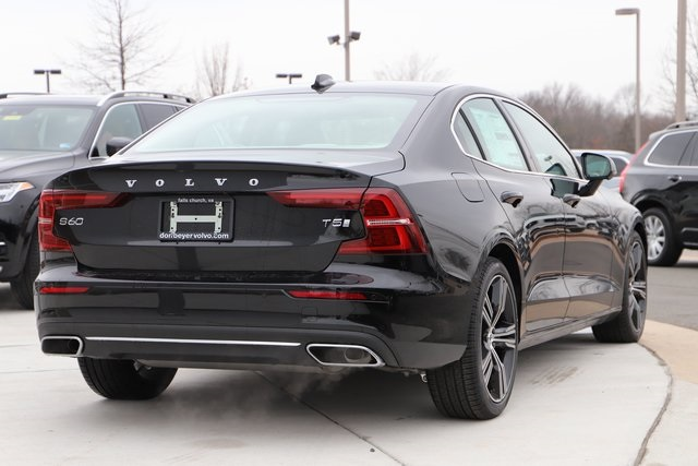 New 2019 Volvo S60 T5 Inscription