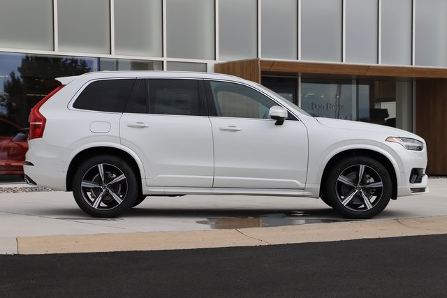 New 2019 Volvo XC90 T6 R-Design