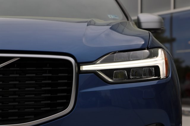 New 2019 Volvo XC60 T6 R-Design
