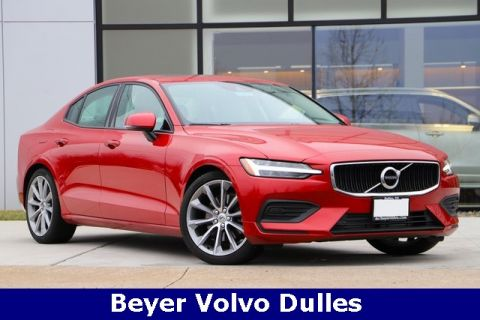 Certified Pre-Owned 2019 Volvo S60 T5 Momentum Premium with NAV With Navigation