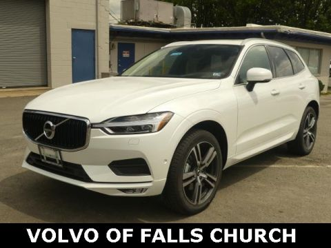 Pre-Owned 2019 Volvo XC60 T5 Momentum With Navigation & AWD