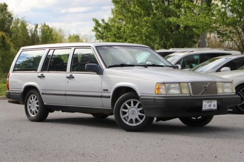 Pre-Owned 1994 Volvo 940 Base FWD 4D Wagon