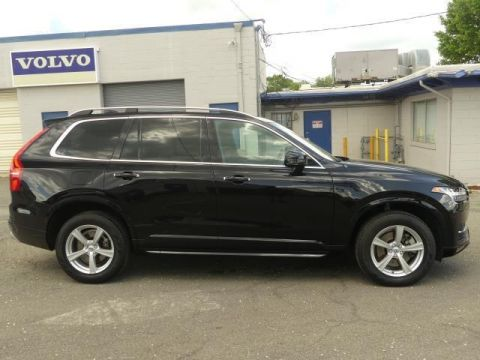 Certified Pre-Owned 2018 Volvo XC90 T5 Momentum 5P
