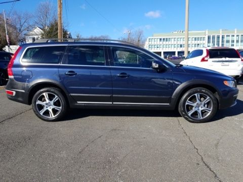Pre-Owned 2015 Volvo XC70 T6
