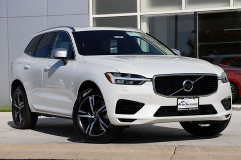New 2019 Volvo XC60 Hybrid T8 R-Design
